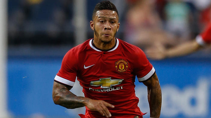 SEATTLE, WA - JULY 17: Memphis Depay #9 of Manchester United dribbles against Club America during the International Champions Cup at CenturyLink Field on July 17, 2015 in Seattle, Washington. (Photo by Otto Greule Jr/Getty Images)