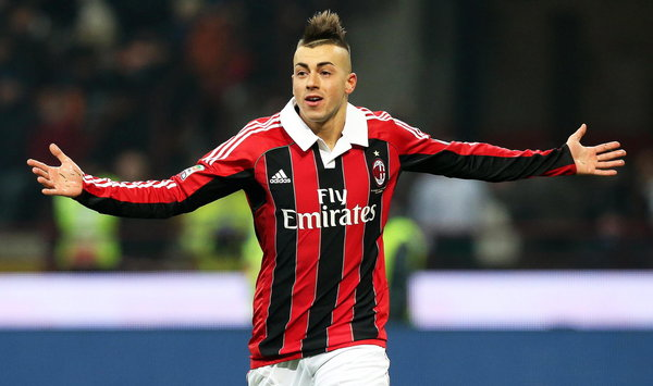 epa03598986 AC Milan forward Stephan El Shaarawy celebrates after scoring the 1-0 lead during the Italian Serie A soccer match between Inter Milan and AC Milan at the Giuseppe Meazza stadium in Milan, Italy, 24 February 2013. EPA/MATTEO BAZZI